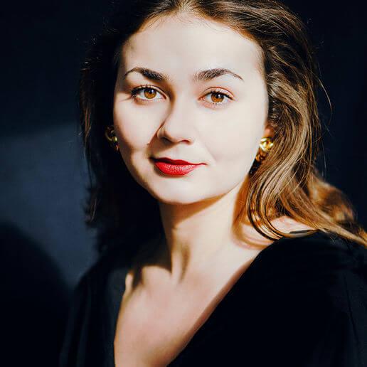 Анна Калугер